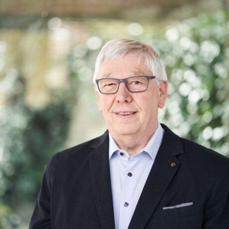 Hans Josef (Hajo) Ahrens